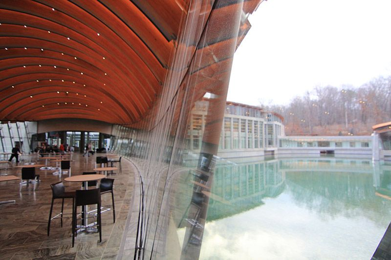 Photo of dining room at Crystal Bridges.